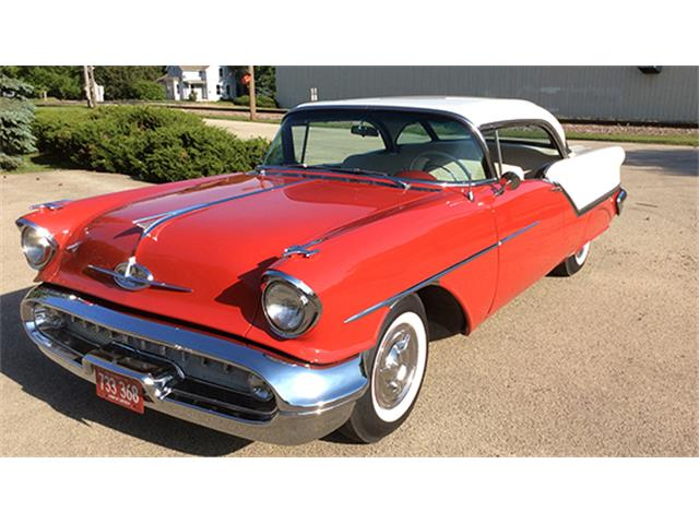 1957 Oldsmobile Super 88 J-2 Holiday Coupe | 899664