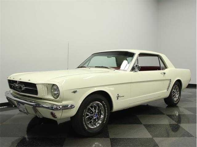 1965 Ford Mustang | 899824