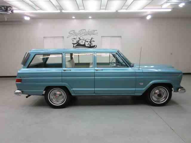 1965 Jeep Wagoneer | 899942