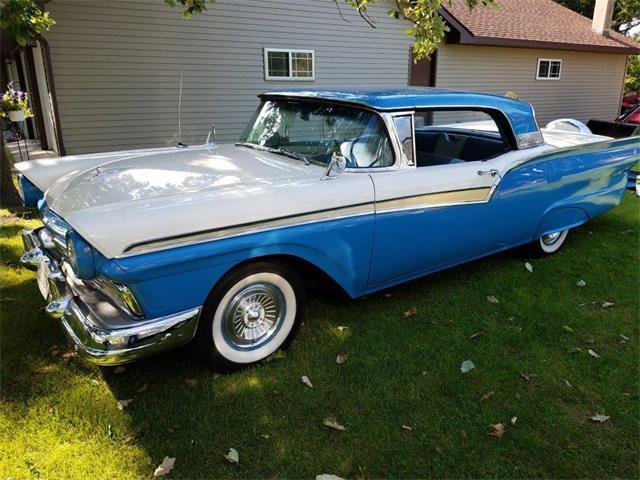 1957 Ford Fairlane | 901000