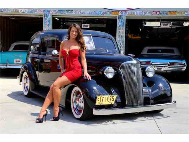1937 Chevrolet Sedan | 901053