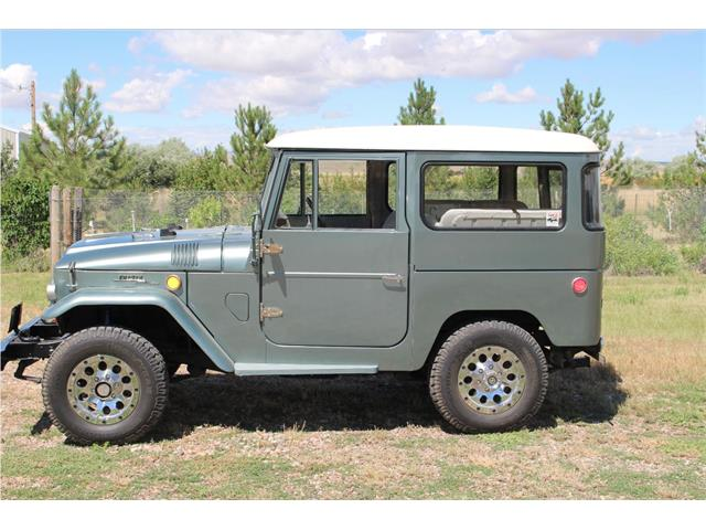 classic toyota land cruiser for sale on 134 available. Black Bedroom Furniture Sets. Home Design Ideas