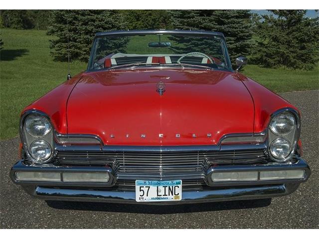1957 Lincoln Premiere | 901488
