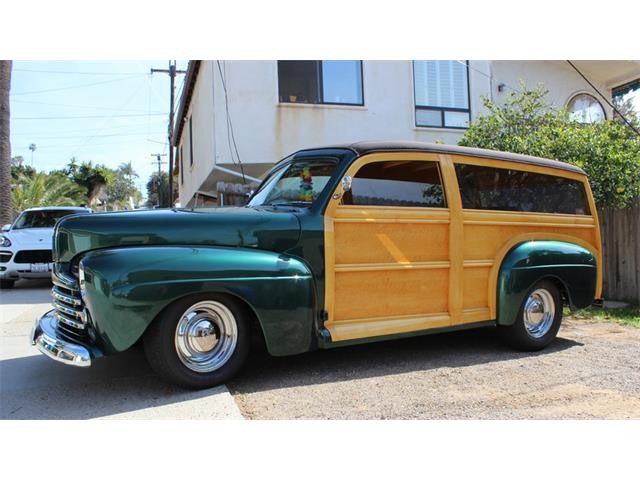 1946 Ford Super Deluxe   901564