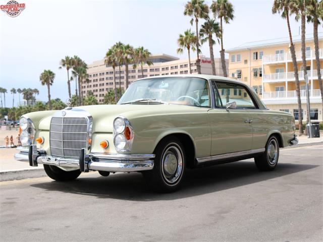1967 Mercedes-Benz 250SE | 901660