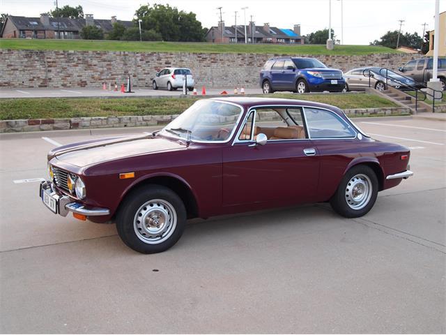 1973 Alfa Romeo 2000 GT | 901757