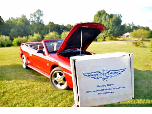 1994 Ford Mustang Cobra   901887