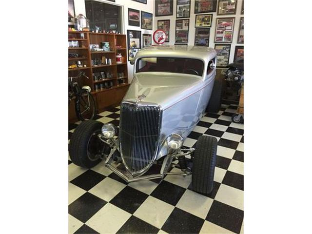 1934 Ford Coupe   901929