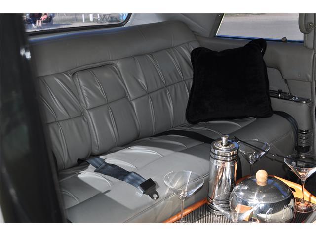 1965 Cadillac Limousine | 901955
