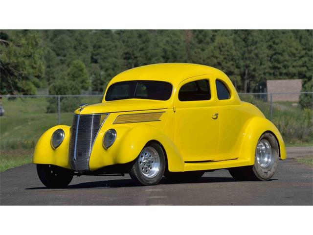 1937 Ford Coupe | 901990
