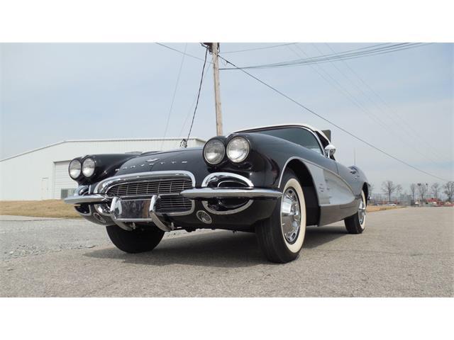1961 Chevrolet Corvette | 901993