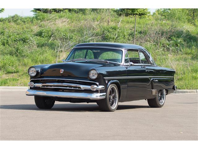 1954 Ford Crestliner | 902012