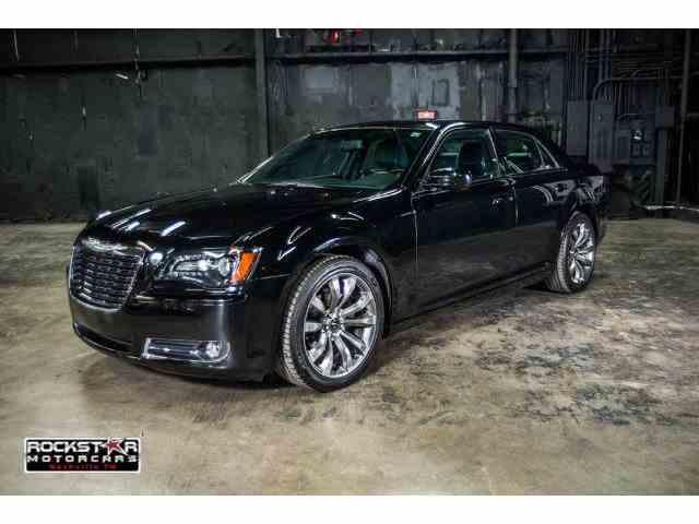 2014 Chrysler 300 | 902073
