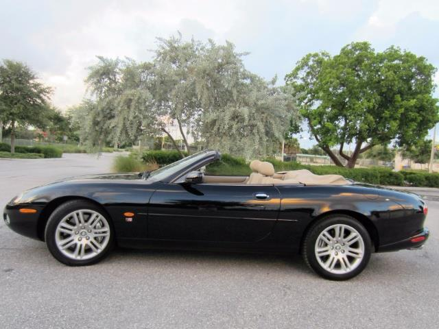 2003 Jaguar XKR | 902133