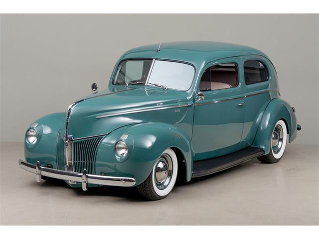 1940 Ford Deluxe | 902189