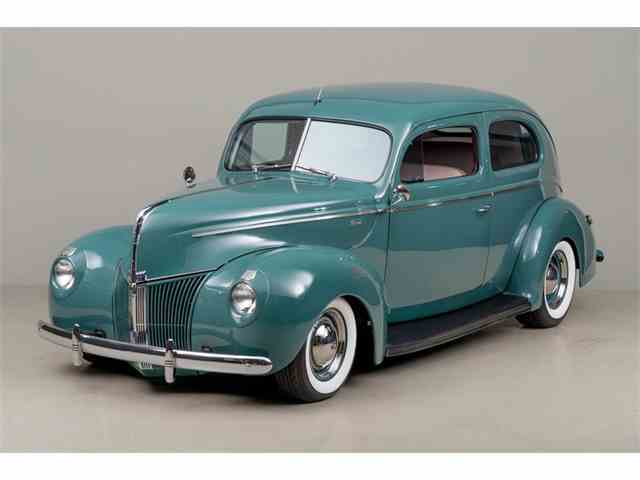 1940 Ford Tudor | 902189