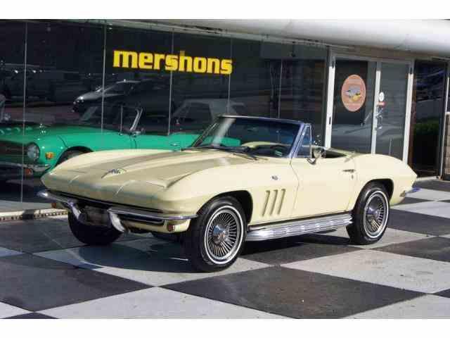 1965 Chevrolet Corvette | 900225