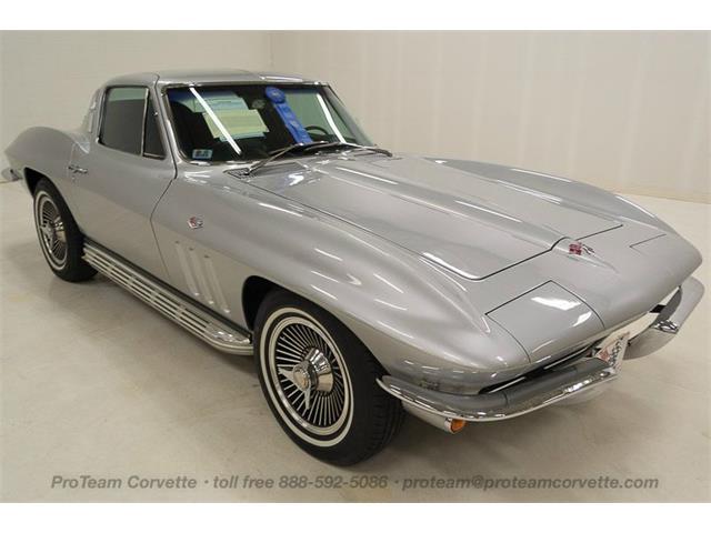 1965 Chevrolet Corvette | 902320