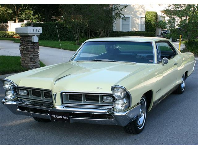 1965 Pontiac Grand Prix | 902354