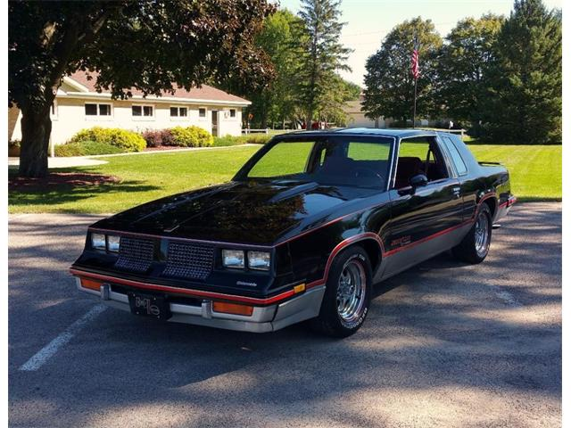 1983 OLDSMOBILE CUTLASS  HURST/OLDS | 902484