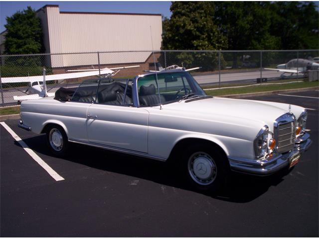 1970 Mercedes-Benz 280SE | 902585