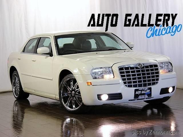 2005 Chrysler 300 | 902751