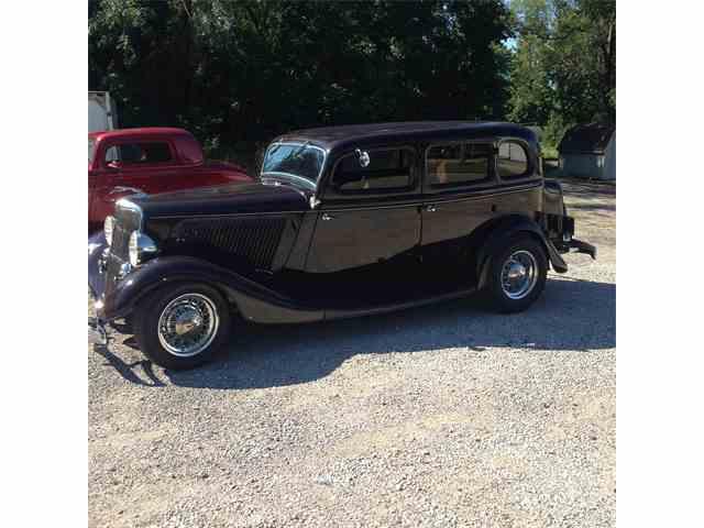 1934 Ford 4-Dr Sedan | 902866