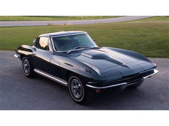 1965 Chevrolet Corvette | 900293