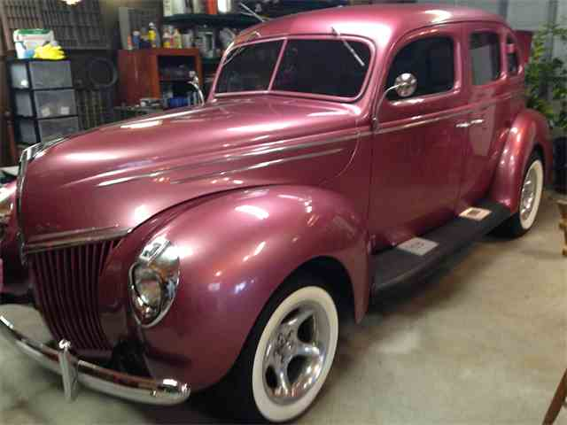 1939 Ford Deluxe | 902949
