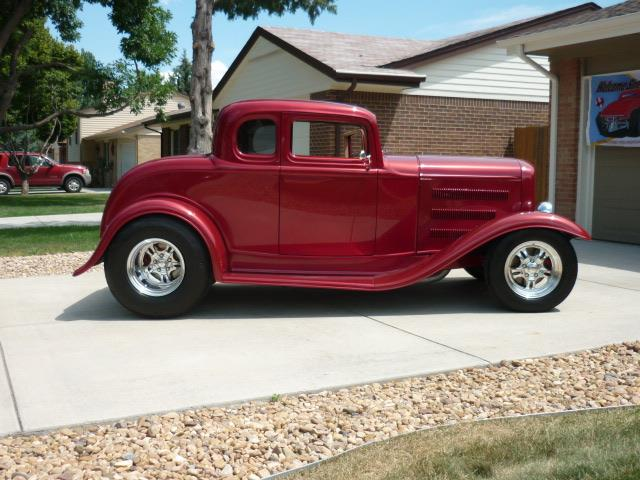 1932 Ford 5-Window Coupe | 902959