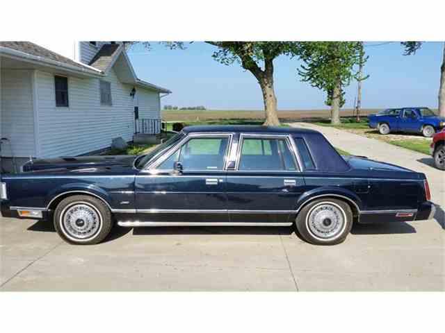 1985 Lincoln Town Car | 902994