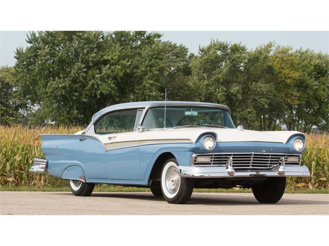 1957 Ford Victoria | 903122