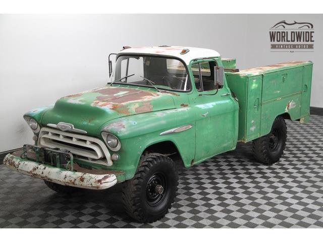 1957 Chevrolet 3600 | 903175