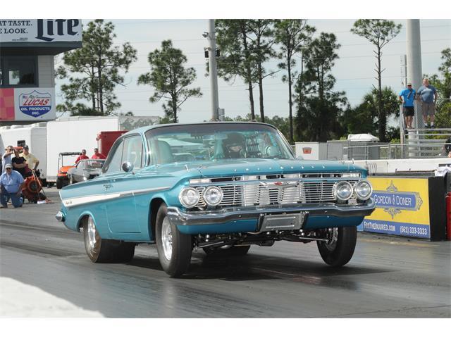 1961 Chevrolet Impala | 900322