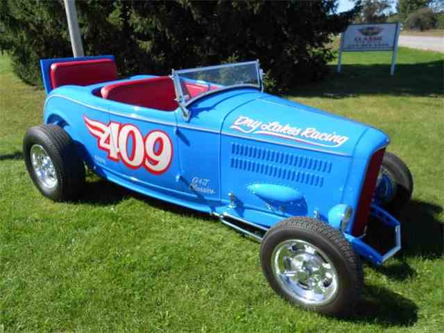 1932 Ford Roadster | 903287