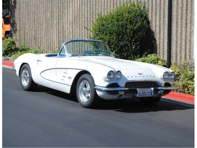 1961 Chevrolet Corvette | 900338