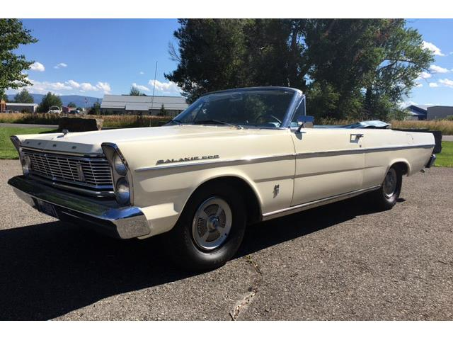 1965 Ford Galaxie 500 | 900348