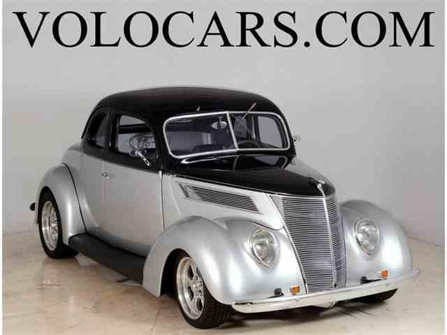 1937 Ford Deluxe | 903487