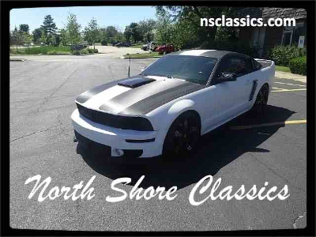 2005 Ford Mustang | 903584
