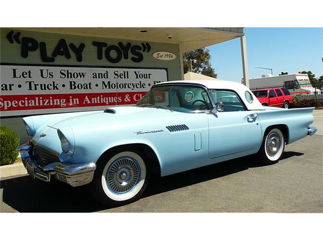 1957 Ford Thunderbird | 903757