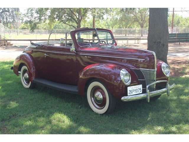1940 Ford Deluxe | 900039