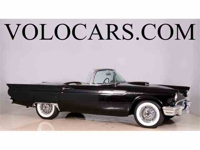 1957 Ford Thunderbird | 904492