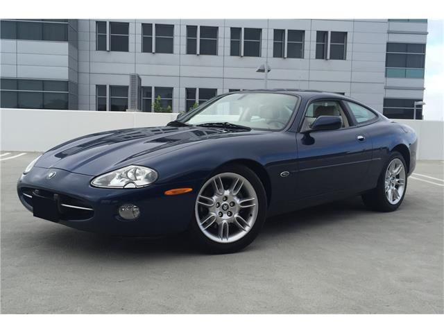 2002 Jaguar XK8 | 904519