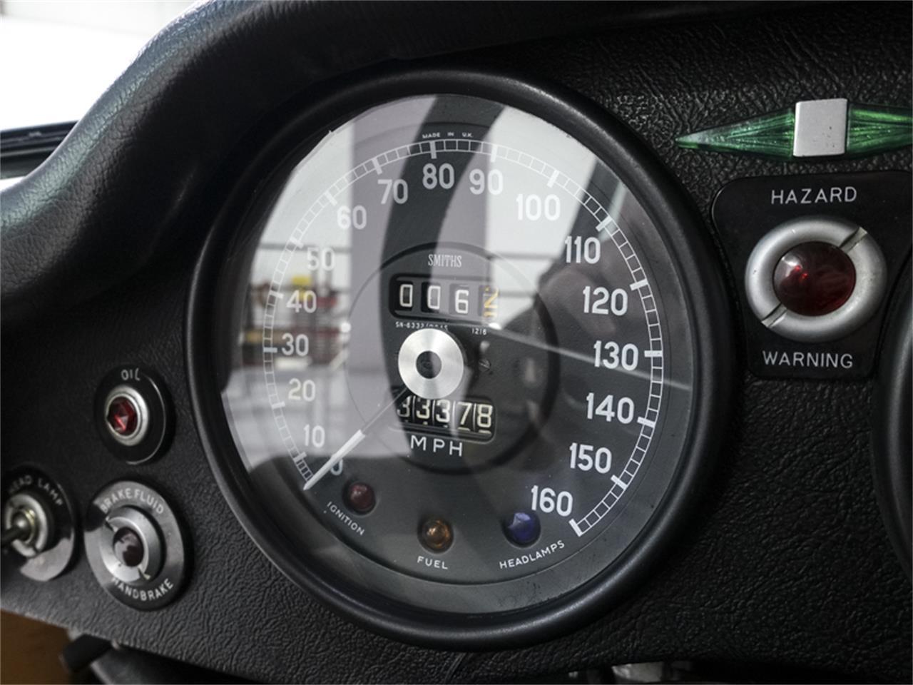 Photo 33