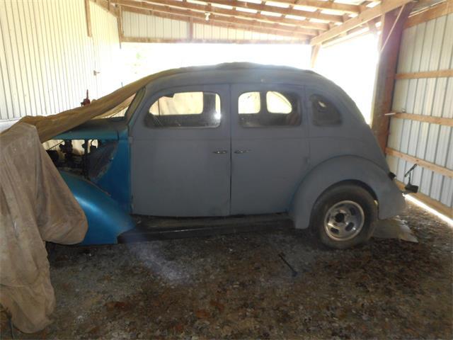 1937 Ford 4-Dr Sedan | 904752