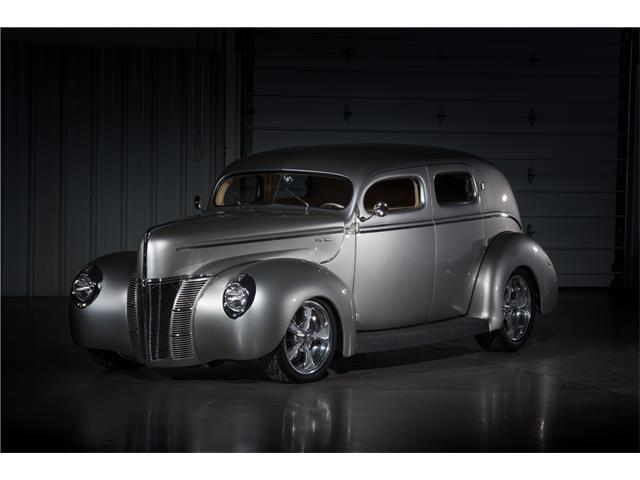 1940 Ford Custom Deluxe | 900476