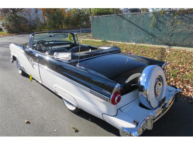 1956 Ford Fairlane | 904808