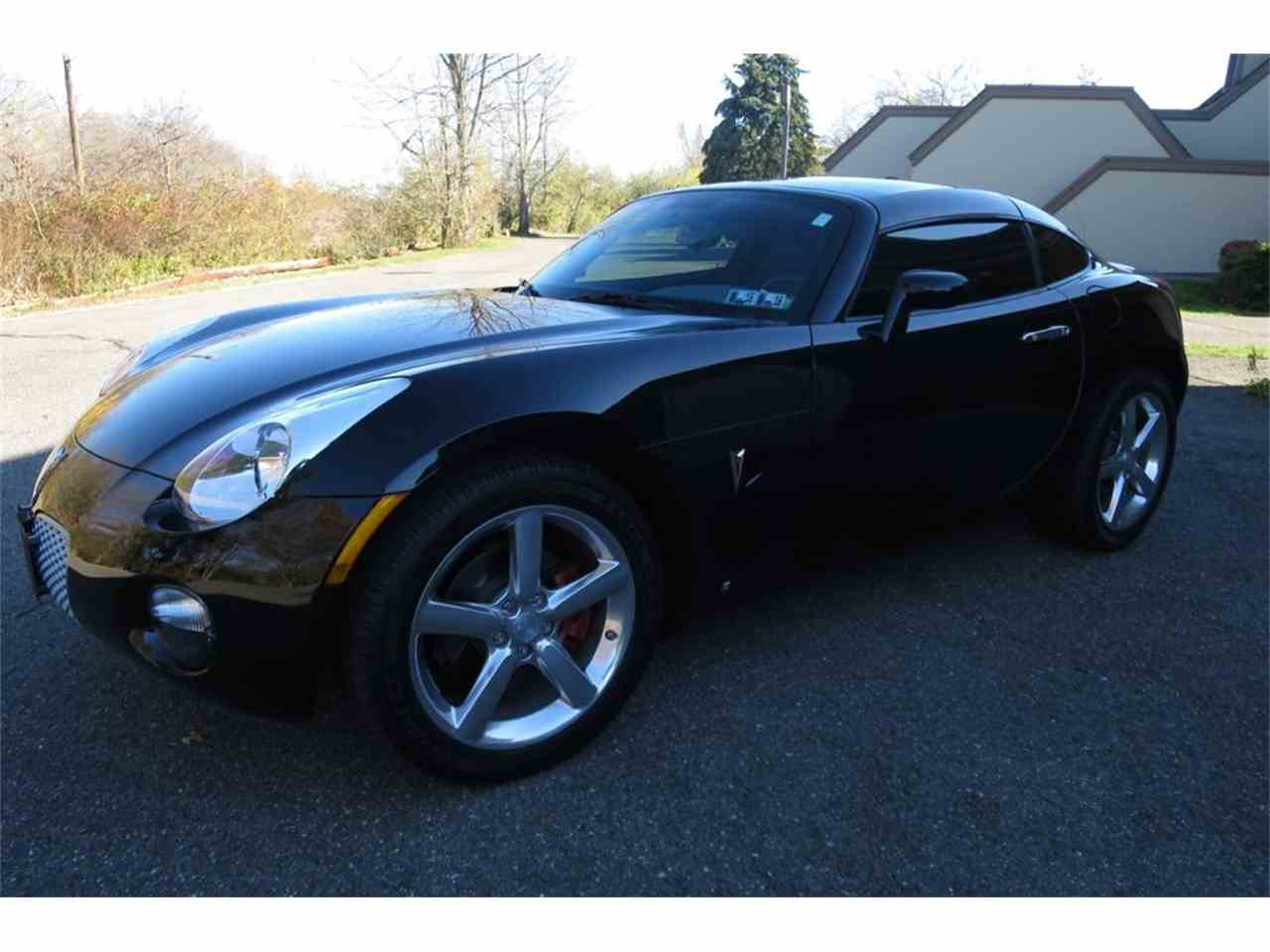 Large Picture of '09 Pontiac Solstice Offered by Napoli Classics - JE6M