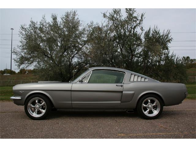 1965 Ford Mustang | 904907