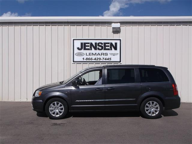 2015 Chrysler Town & Country Touring | 905129